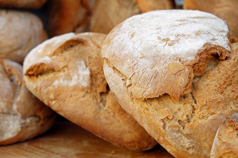 ▲為何吃西餐時總會先上麵包?網點出背後含義。(示意圖/翻攝自pixabay)