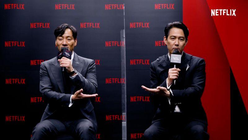 ▲朴海秀(左)與李政宰日前抽空接受台媒訪問。(圖/Netflix)