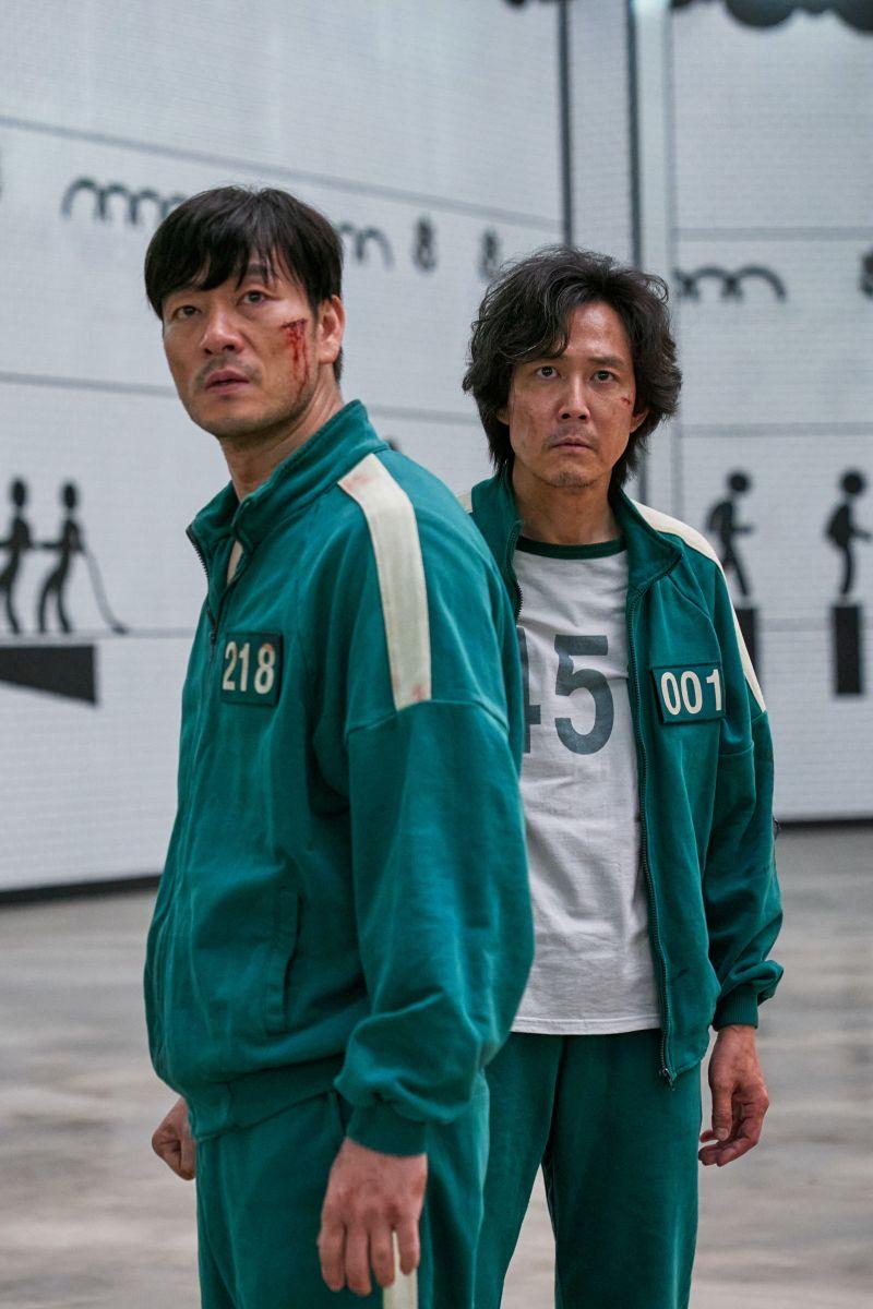 ▲朴海秀(左)與李政宰劇中反目成仇。(圖/Netflix)