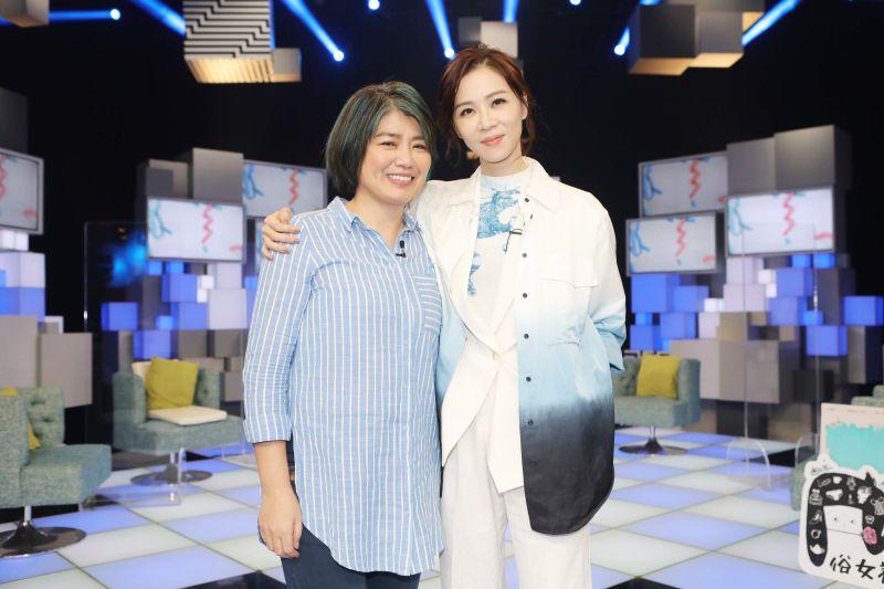 嚴藝文被推薦當電梯小姐 謝盈萱曾窮到「挑提款機」領錢