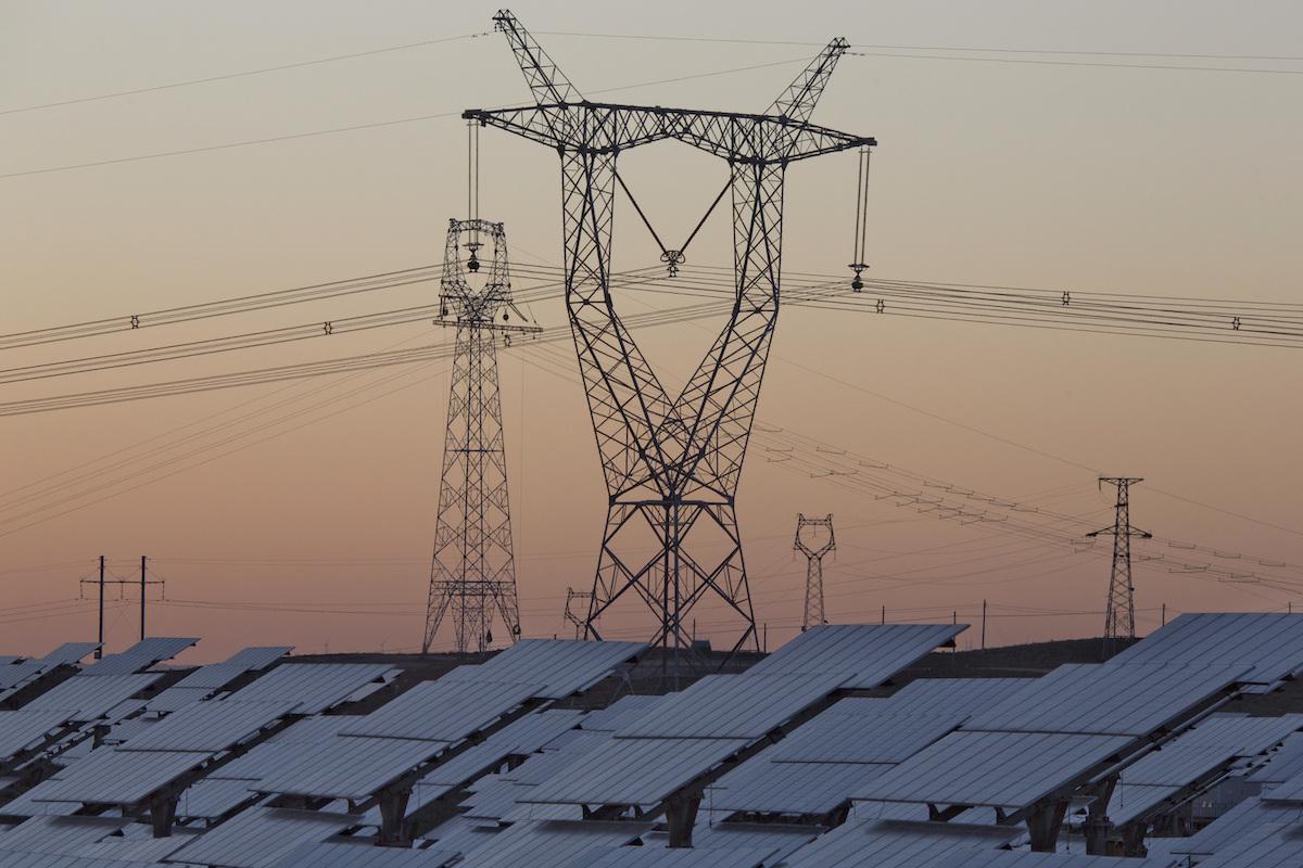 ▲中國各地連日「拉閘限電」,不僅工業受到影響,連民生生活都出現問題。(圖/美聯社/達志影像)