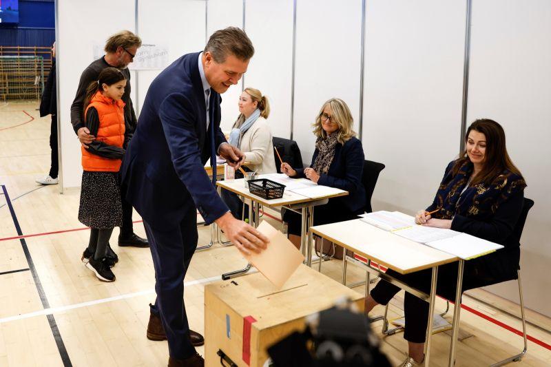 ▲冰島今天曾宣稱,25日的國會選舉後,冰島已成為歐洲首個女性席次佔國會多數的國家,但重新計票顯示並非如此。(圖/美聯社/達志影像)