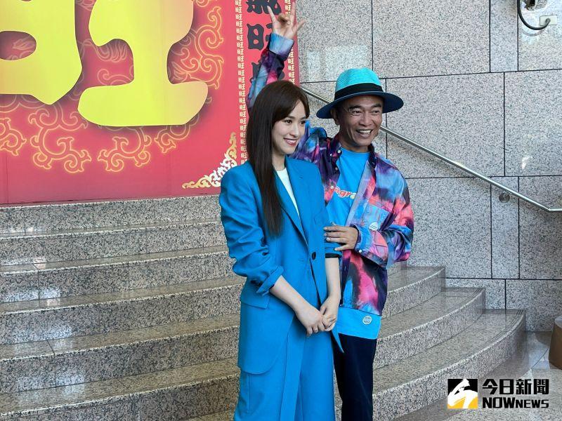 ▲吳宗憲(右)不滿自己是最後一個知道女兒要結婚的人。(圖/記者陳雅蘭攝)