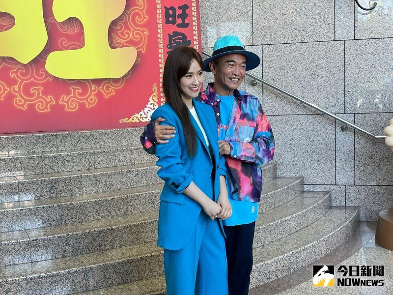 ▲吳姍儒(左)否認未婚懷孕,婚後不會引退。(圖/記者陳雅蘭攝)