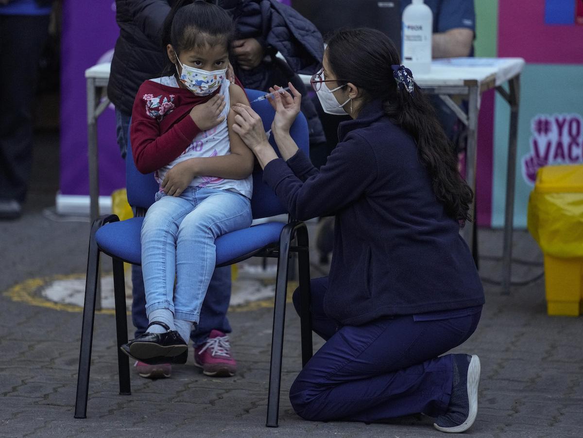 ▲智利當局今天宣布,自新型冠狀病毒大流行以來一直實施的緊急狀態即將畫下句點。(圖/美聯社/達志影像)