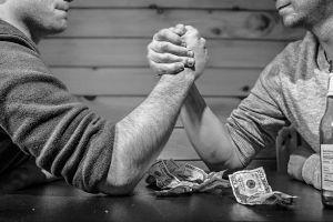 ▲艾菲爾老師分享3種能幸運在中年轉運的男人面相。(示意圖/翻攝自Pixabay)