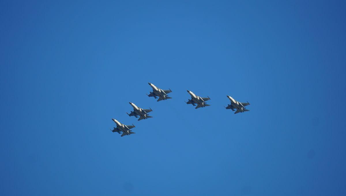 國慶全兵力預演 47軍機清晨飛越台北上空