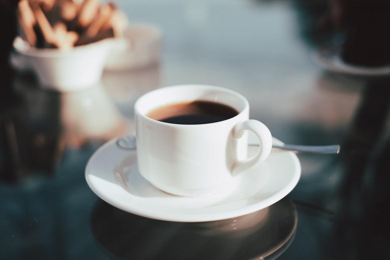 ▲許多人愛喝咖啡,不過你適合嗎?營養師高敏敏就表示,這「6種人」必須注意咖啡因攝取量。(示意圖/翻攝自Unsplash)