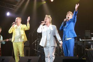 ▲黃連煜(左起)、阿Van、陳昇今舉辦《剪剪花》新歌演唱會。(圖/新樂園製作)