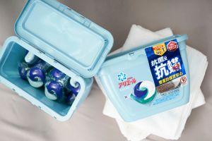 ▲另有洗衣膠囊設計,一顆可以洗整桶,方便取用不沾手。(圖/資料照片)