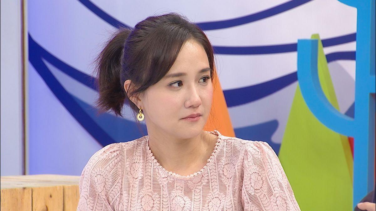 ▲何妤玟聊到8年婚再次飆淚。(圖/中天提供)