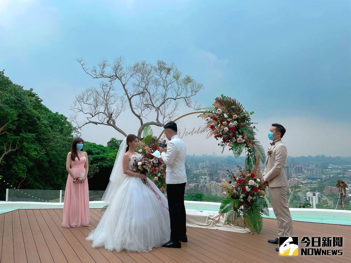 ▲晶華酒店攜手景觀餐廳業者推戶外婚禮。(圖/記者劉雅文拍攝)