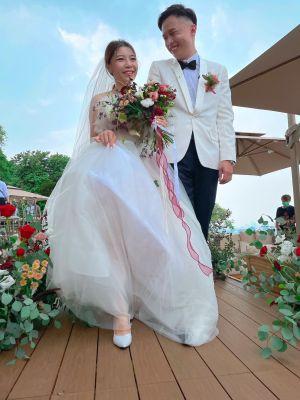 ▲晶華酒店推戶外婚禮,讓新人在秘境浪漫完婚。(圖/記者劉雅文拍攝)