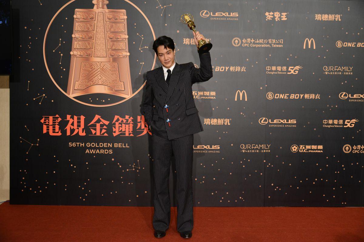 ▲薛仕凌先後拿下「迷你劇集男配角獎」和「戲劇節目男主角獎」。(圖/三立電視提供)