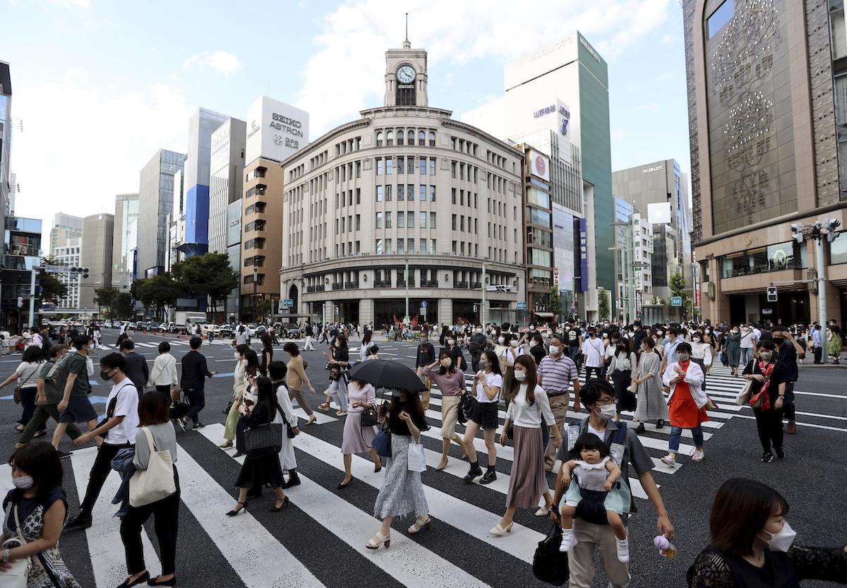 ▲日本東京都今天新增82例COVID-19確診病例,創今年新低紀錄,疫情呈現持續趨緩。(圖/美聯社/達志影像)