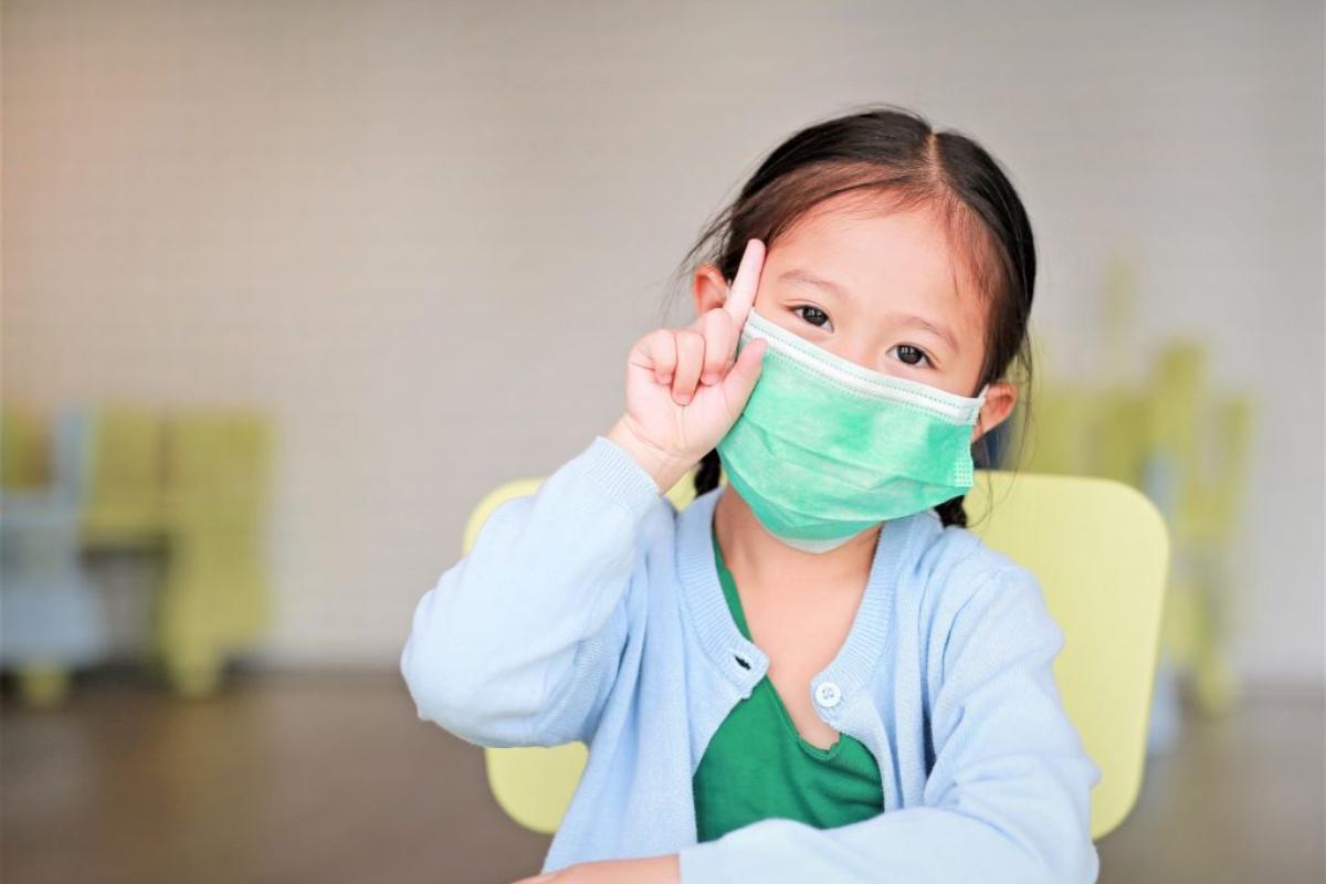 ▲希望新住民注意「成年慢性疾病患者、先天或後天免疫功能不全者、65歲以上長者、5歲以下兒童」應預約接種。(圖/Shutterstock)