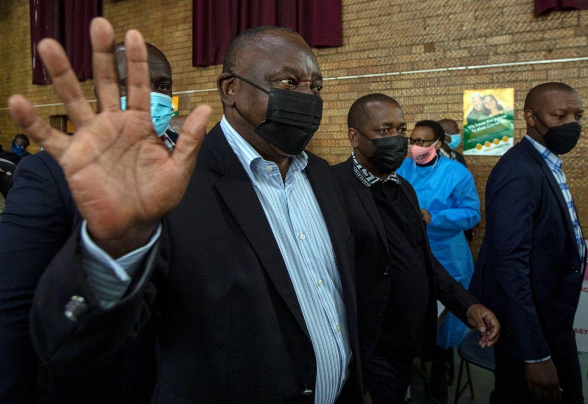 ▲南非總統拉瑪佛沙3日出席活動時,呼籲民眾不要相信接種疫苗影響生育的謠言,同時強調唯有全民接種疫苗才是唯一防疫方式。資料照。(圖/美聯社/達志影像)