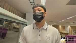 ▲台中太陽隊長陳靖寰目標延續生涯。(圖/鍾東穎攝 ,2021.10.05)