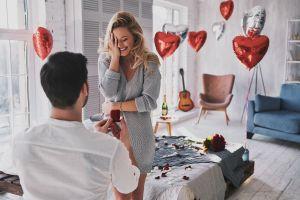 ▲在日常生活中想製造浪漫時,一定要慎重考慮可行性和安全性。(圖/Shutterstock)
