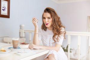 ▲顧及最根本的「吃好」與「活動」,好好照顧自己。(圖/Shutterstock)
