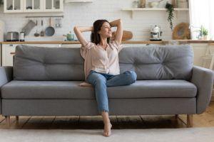 ▲試著去意識、觀察你目前的狀態與情緒,真正學會與「孤獨」共處。(圖/Shutterstock)