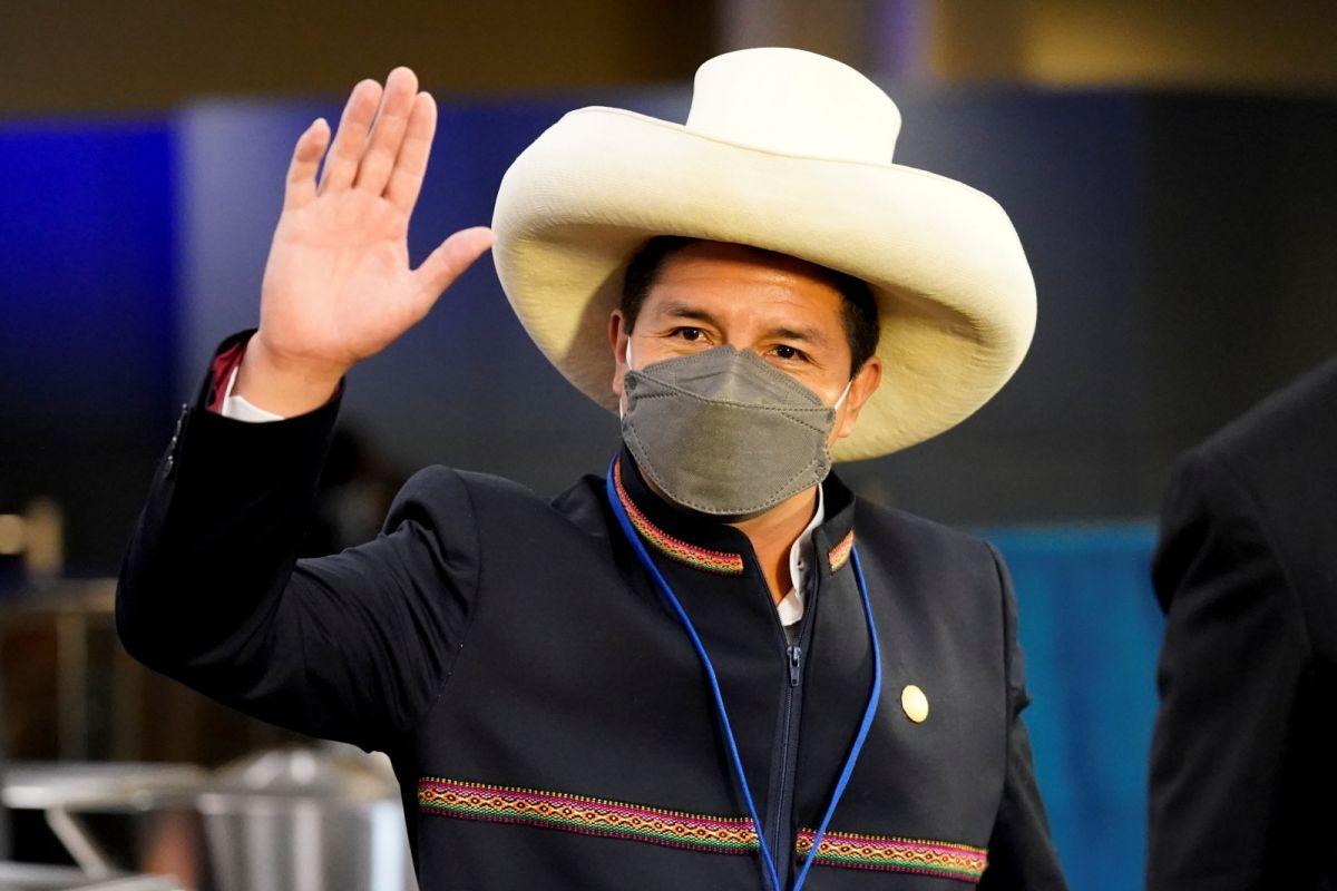 剛上任2個月 秘魯總統宣布總理請辭