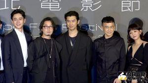 ▲陳意涵(右一)和許富翔(左二)合體出席記者會。(圖/記者陳思誼攝)