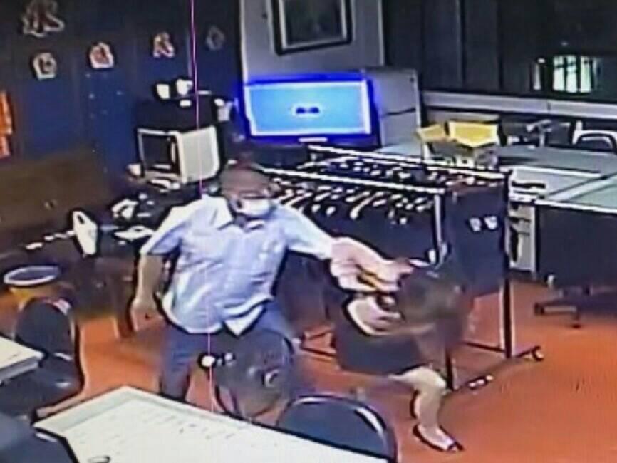 連續被取締性交易 女氣炸投訴警執法違失